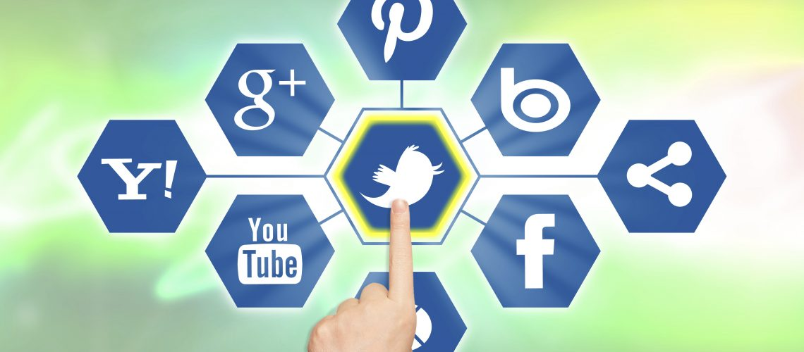 Attracting-your-target-audience-with-social-media-marketing